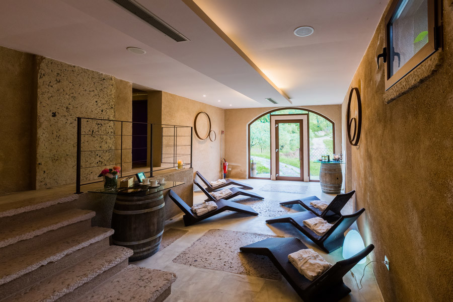 relaxing spa in the massimago wine relais